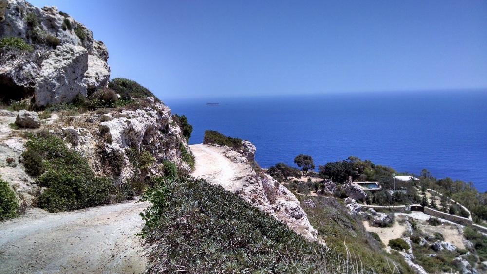 DIngl Cliffs