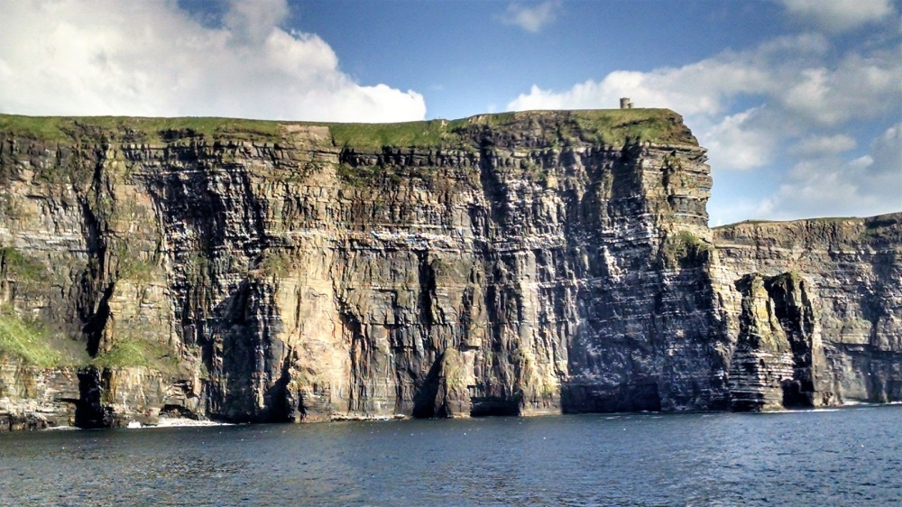 Cliffs of Moher by sea obriens tower